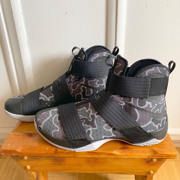 Nike Other - Nike Soldier 10 Shoe